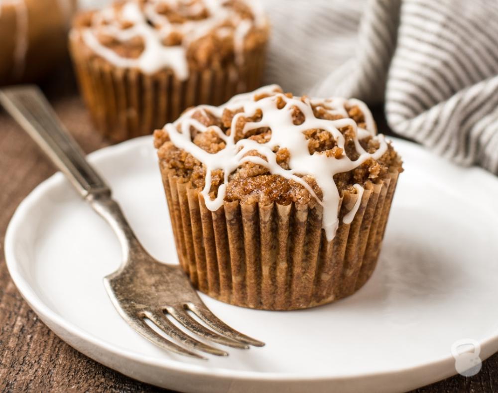 Paleo Pumpkin Muffins with Cinnamon Streusel (Grain-Free, Dairy-Free)