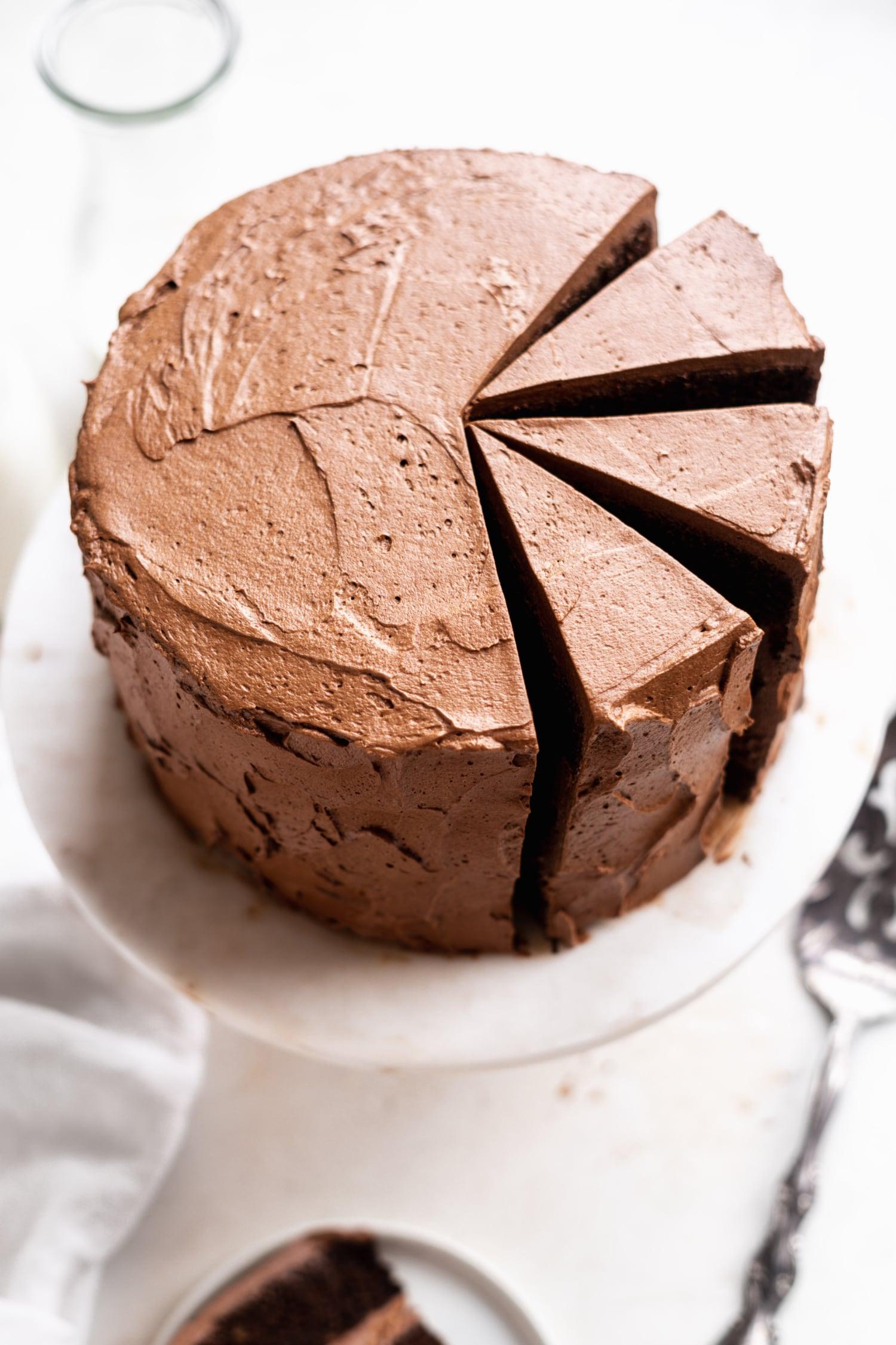paleo chocolate frosting on a paleo chocolate cake